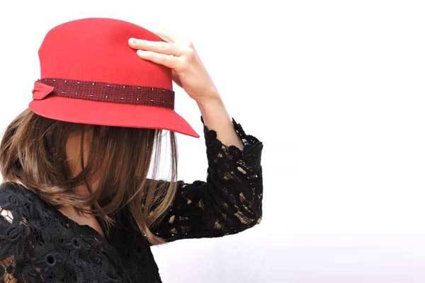 Alligram, Création de chapeaux à La Vacquerie