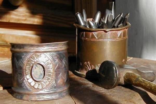 Atelier Maxime de Simone, bijoux bronze, argent, sculpture, émaux d'art