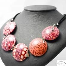L'atelier de Marion, créatrice de bijoux en argile polymère